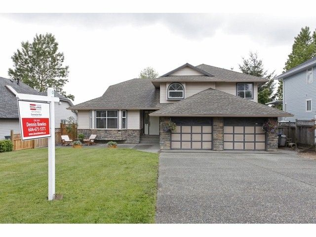 "Main Photo: 6525 179TH Street in Surrey: Cloverdale BC House for sale in ""Orchard Ridge"" (Cloverdale)  : MLS®# F1311558"