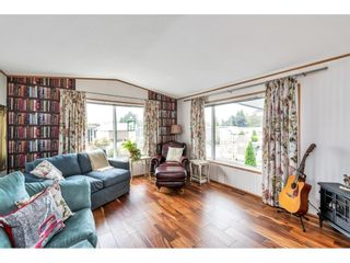 """Photo 6: 38 15875 20 Avenue in Surrey: King George Corridor Manufactured Home for sale in """"Sea Ridge Bays"""" (South Surrey White Rock)  : MLS®# R2616813"""