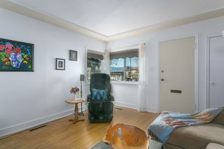 Photo 3: 2760 E 27TH Avenue in Vancouver: Renfrew Heights House for sale (Vancouver East)  : MLS®# R2033355