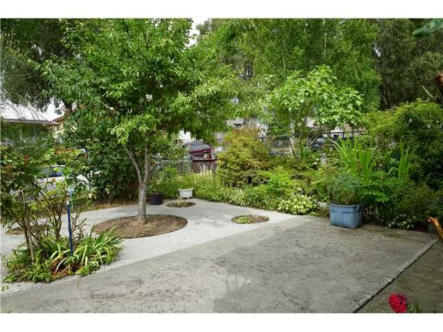 Photo 7: Photos: 2738 E 27TH Avenue in Vancouver: Renfrew Heights House for sale (Vancouver East)  : MLS®# V1133910