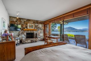 """Photo 15: 370 374 SMUGGLERS COVE Road: Bowen Island House for sale in """"Hood Point"""" : MLS®# R2518143"""