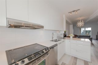 """Photo 3: 20 6868 BURLINGTON Avenue in Burnaby: Metrotown Townhouse for sale in """"METRO"""" (Burnaby South)  : MLS®# R2346304"""