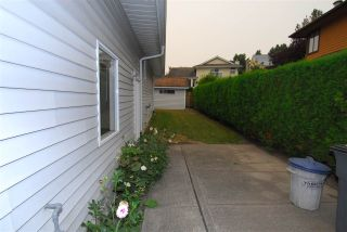 Photo 17: 16179 8A AVENUE in Surrey: King George Corridor House for sale (South Surrey White Rock)  : MLS®# R2202083
