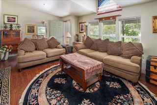 Photo 14: RAMONA House for sale : 3 bedrooms : 532 Pile St