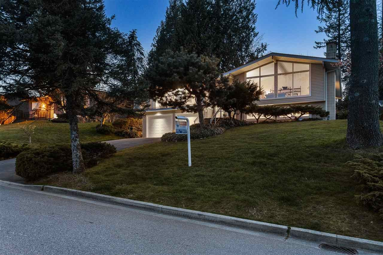 """Main Photo: 3048 ARMADA Street in Coquitlam: Ranch Park House for sale in """"RANCH PARK"""" : MLS®# R2567949"""