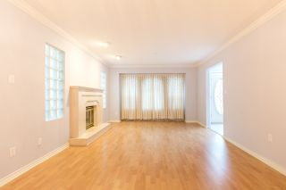 Photo 3: 6535 BROOKS STREET in Vancouver: Killarney VE House for sale (Vancouver East)  : MLS®# R2425986