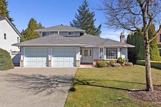 """Photo 1: 10128 158TH Street in Surrey: Guildford House for sale in """"Guildford"""" (North Surrey)  : MLS®# R2353122"""