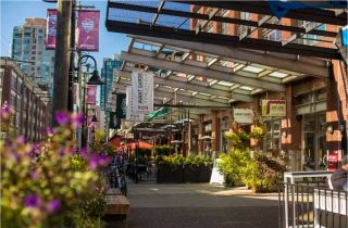 """Photo 18: 1505 907 BEACH Avenue in Vancouver: Yaletown Condo for sale in """"CORAL CRT"""" (Vancouver West)  : MLS®# R2229594"""