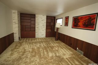 Photo 5: 619 6th Avenue North in Saskatoon: City Park Residential for sale : MLS®# SK859824