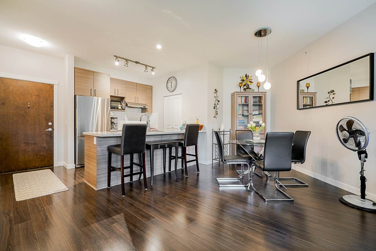 """Photo 6: Photos: 418 1150 KENSAL Place in Coquitlam: New Horizons Condo for sale in """"THOMAS HOUSE BY POLYGON"""" : MLS®# R2453457"""