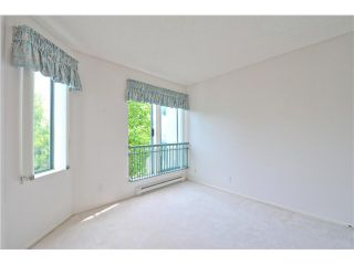 """Photo 12: 412 1785 MARTIN Drive in Surrey: Sunnyside Park Surrey Condo for sale in """"SOUTHWYND"""" (South Surrey White Rock)  : MLS®# F1419891"""