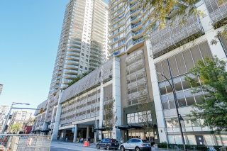 """Photo 1: 2810 892 CARNARVON Street in New Westminster: Downtown NW Condo for sale in """"AZURE 2"""" : MLS®# R2614629"""