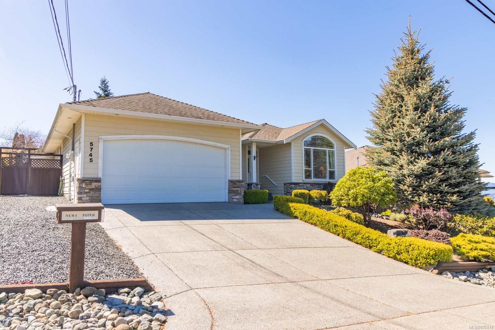 Main Photo: 5745 Norasea Rd in : Na North Nanaimo House for sale (Nanaimo)  : MLS®# 875518