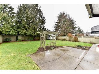 Photo 17: 8863 157A Street in Surrey: Fleetwood Tynehead House for sale : MLS®# R2029205