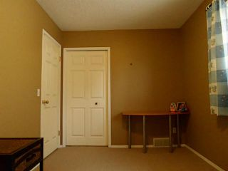 Photo 11: 37 CITADEL Gardens NW in CALGARY: Citadel Residential Detached Single Family for sale (Calgary)  : MLS®# C3568731