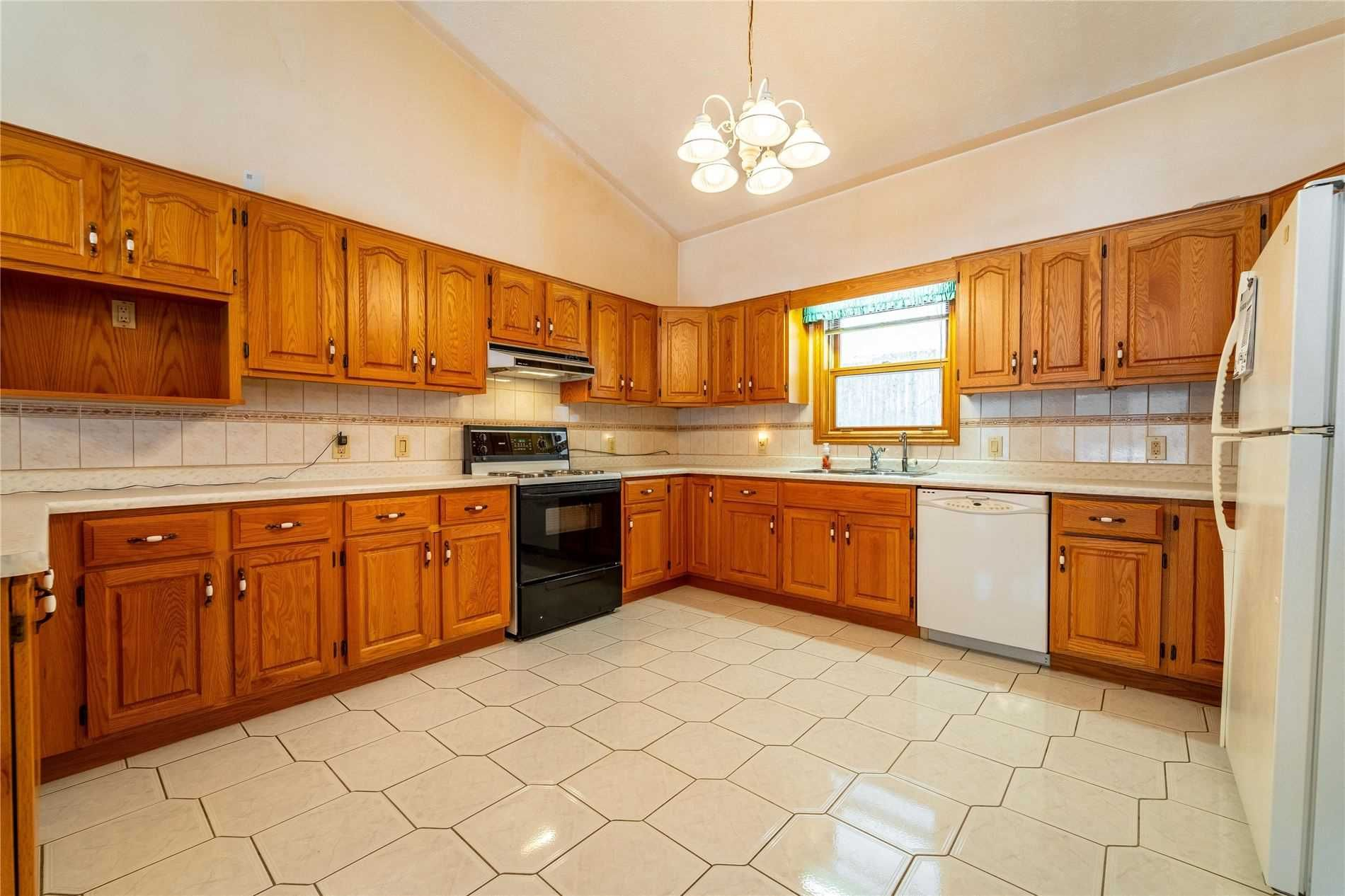 Photo 9: Photos: 918 Windham12 Road in Norfolk: Simcoe House (Bungalow) for sale : MLS®# X4707719