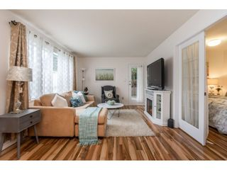 """Photo 4: 105 15991 THRIFT Avenue: White Rock Condo for sale in """"ARCADIAN"""" (South Surrey White Rock)  : MLS®# R2441323"""