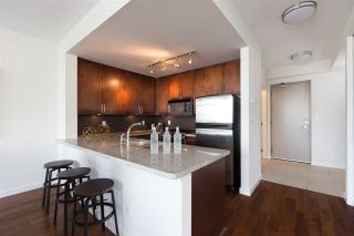Photo 8: 704 2055 YUKON STREET in Vancouver: False Creek Condo for sale (Vancouver West)  : MLS®# R2286934
