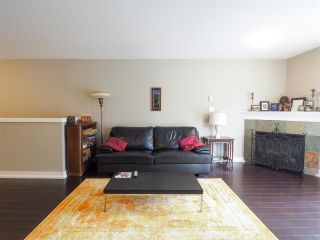"Photo 5: 307 1310 VICTORIA Street in Squamish: Downtown SQ Condo for sale in ""The Mountaineer"" : MLS®# R2549148"