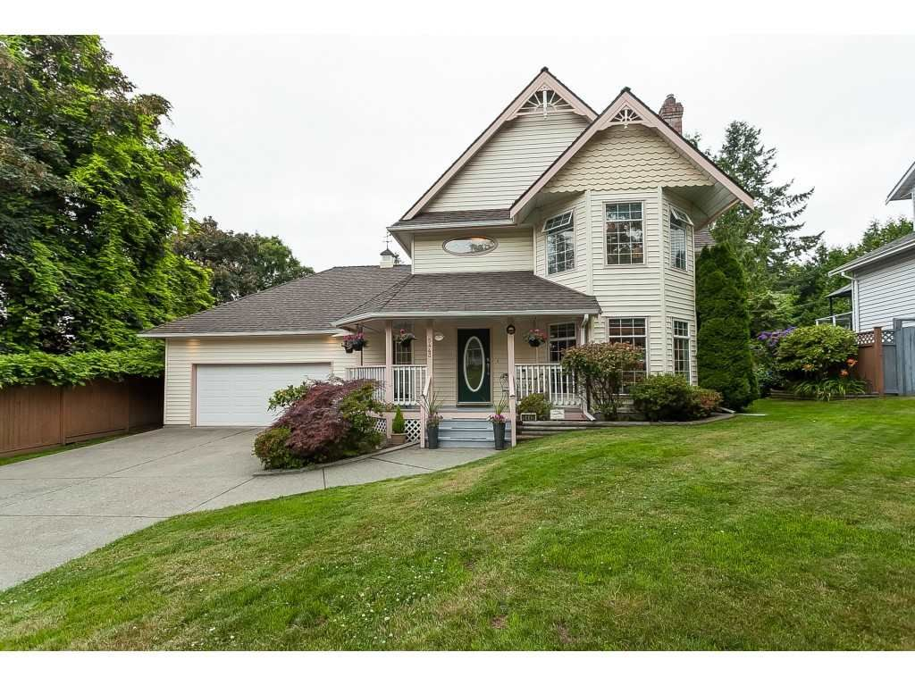 "Main Photo: 5443 184A Street in Surrey: Cloverdale BC House for sale in ""HUNTER PARK"" (Cloverdale)  : MLS®# R2386719"