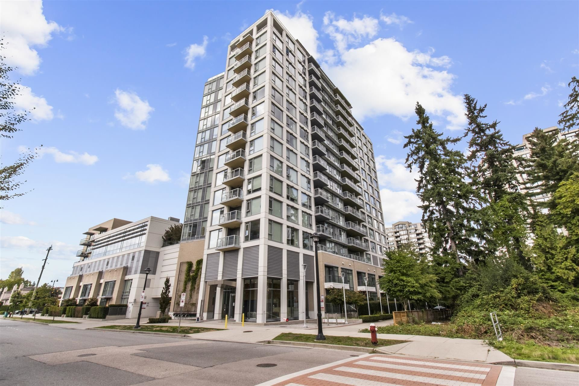 """Main Photo: 1801 9099 COOK Road in Richmond: McLennan North Condo for sale in """"Monet by Concord Pacific"""" : MLS®# R2620159"""