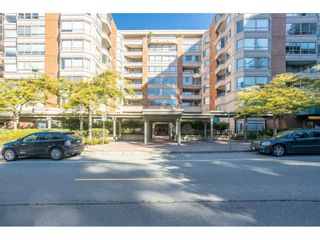 """Photo 34: 104 15111 RUSSELL Avenue: White Rock Condo for sale in """"Pacific Terrace"""" (South Surrey White Rock)  : MLS®# R2545193"""