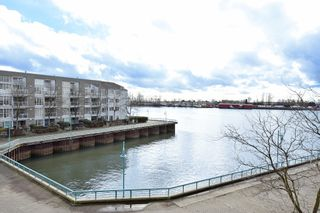 """Photo 16: 311 1990 E KENT AVENUE SOUTH in Vancouver: Fraserview VE Condo for sale in """"Harbour House"""" (Vancouver East)  : MLS®# R2145816"""