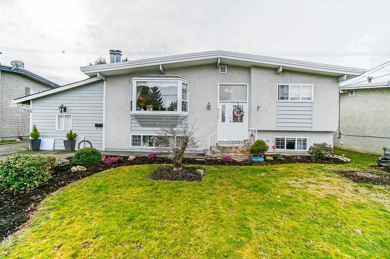 Main Photo: 45134 BALMORAL Avenue in Chilliwack: Sardis West Vedder Rd House for sale (Sardis)  : MLS®# R2555869