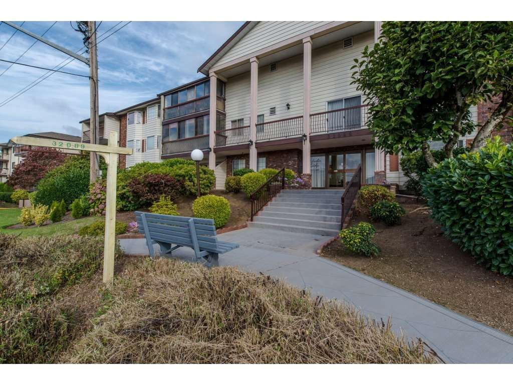 "Photo 20: Photos: 302 32089 OLD YALE Road in Abbotsford: Abbotsford West Condo for sale in ""HEATHER RIDGE"" : MLS®# R2113842"