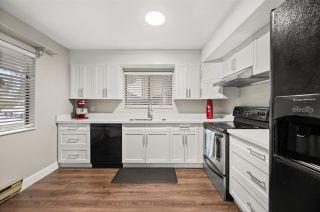 "Photo 4: 124 7337 140 Street in Surrey: East Newton Townhouse for sale in ""NEWTON PARK II"" : MLS®# R2541828"