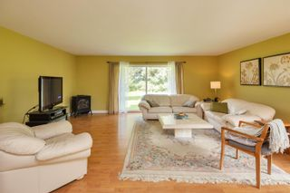 Photo 5: 19658 RICHARDSON Road in Pitt Meadows: North Meadows PI House for sale : MLS®# R2616739