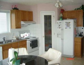 Photo 3:  in CALGARY: Applewood Residential Detached Single Family for sale (Calgary)  : MLS®# C3209890