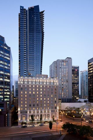 """Photo 33: 3202 667 HOWE Street in Vancouver: Downtown VW Condo for sale in """"Private Residences at Hotel Georgia"""" (Vancouver West)  : MLS®# R2620070"""