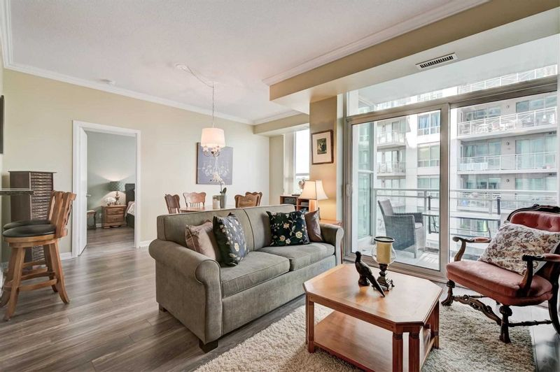 FEATURED LISTING: 603 - 2067 Lake Shore Boulevard West Toronto