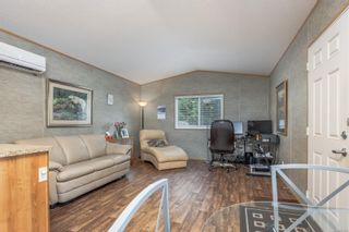 Photo 3: 2 1000 Chase River Rd in Nanaimo: Na Chase River Manufactured Home for sale : MLS®# 887686