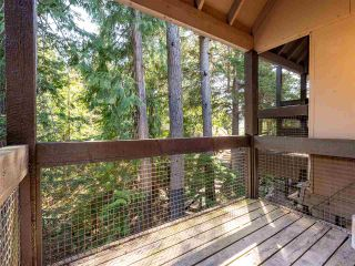 """Photo 10: 71 2400 CAVENDISH Way in Whistler: Whistler Creek Townhouse for sale in """"Whiski Jack"""" : MLS®# R2569305"""