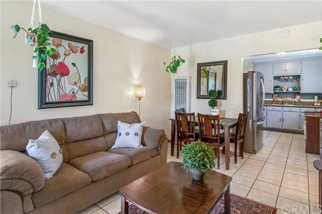 Main Photo: 8229 Elburg Street in Paramount: Residential for sale (RL - Paramount North of Somerset)  : MLS®# OC21012552