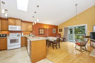 Photo 4: 28 5980 Jaynes Rd in : Du East Duncan Row/Townhouse for sale (Duncan)  : MLS®# 887838