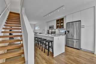 """Photo 18: 44 19159 WATKINS Drive in Surrey: Clayton Townhouse for sale in """"Clayton Market by MOSAIC"""" (Cloverdale)  : MLS®# R2559181"""