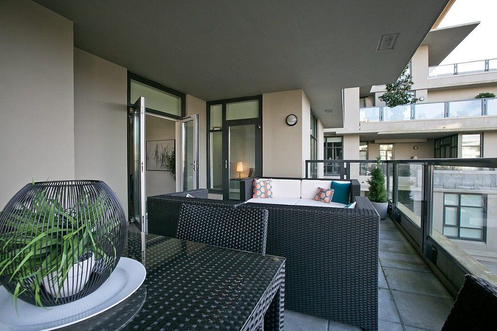 """Photo 9: Photos: 201 6093 IONA Drive in Vancouver: University VW Condo for sale in """"THE COAST"""" (Vancouver West)  : MLS®# V1047371"""
