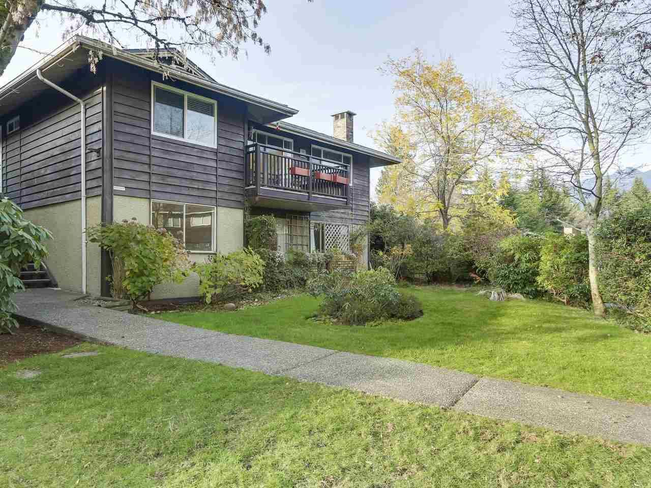 """Main Photo: 1203 555 W 28TH Street in North Vancouver: Upper Lonsdale Townhouse for sale in """"CEDAR BROOK VILLAGE"""" : MLS®# R2324026"""