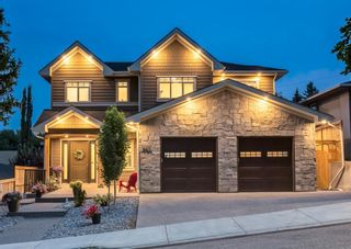 Main Photo: 907 31 Avenue NW in Calgary: Cambrian Heights Detached for sale : MLS®# A1134657