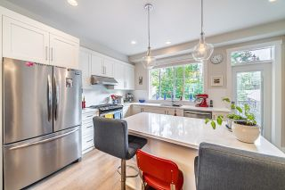 """Photo 7: 1 15717 MOUNTAIN VIEW Drive in Surrey: Grandview Surrey Townhouse for sale in """"Olivia"""" (South Surrey White Rock)  : MLS®# R2610838"""