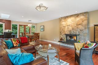 Photo 8: 5401 ESPERANZA Drive in North Vancouver: Canyon Heights NV House for sale : MLS®# R2625454