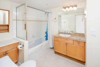 """Photo 6: 210 5605 HAMPTON Place in Vancouver: University VW Condo for sale in """"PEMBERLEY"""" (Vancouver West)  : MLS®# R2364341"""