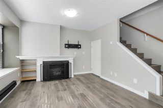"Photo 3: 6 12099 237 Street in Maple Ridge: East Central Townhouse for sale in ""GABRIOLA"" : MLS®# R2302827"