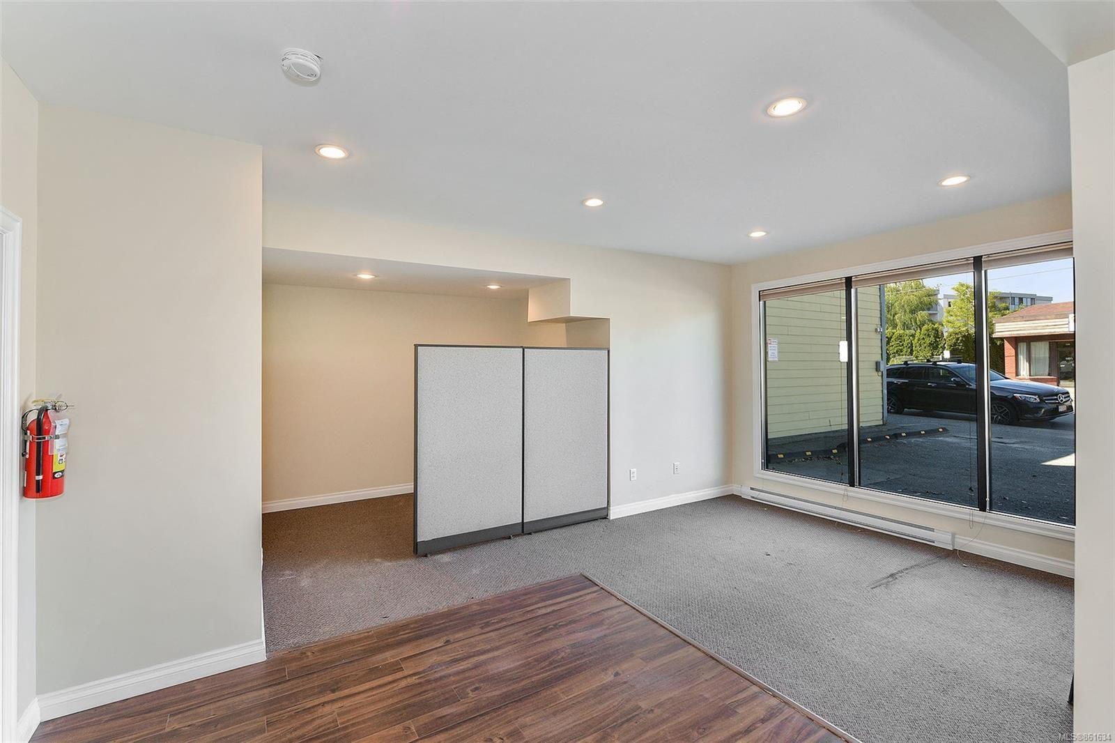 Photo 11: Photos: 367 E Burnside Rd in : Vi Burnside Quadruplex for sale (Victoria)  : MLS®# 861634