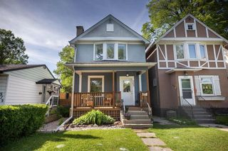 Photo 1: 569 Rosedale Avenue in Winnipeg: Lord Roberts Residential for sale (1Aw)  : MLS®# 202013823
