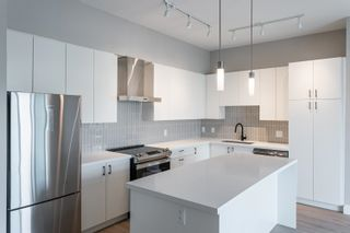 """Photo 10: A605 20838 78B Avenue in Langley: Willoughby Heights Condo for sale in """"Hudson & Singer"""" : MLS®# R2608536"""