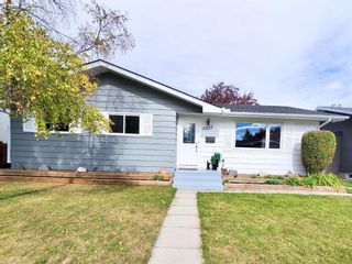 Main Photo: 10227 Wapiti Drive SE in Calgary: Willow Park Detached for sale : MLS®# A1149976